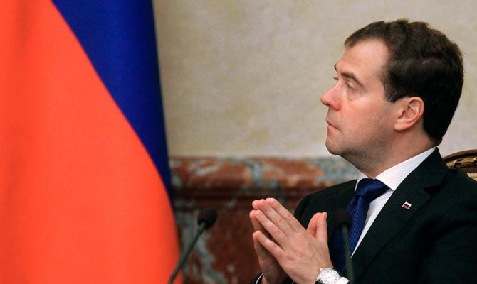 Медведев утвердил внедрение «Глонасс» в экономику