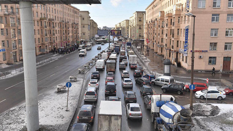 В НП «ГЛОНАСС» появится сервис, оповещающий о свободных полосах на дороге